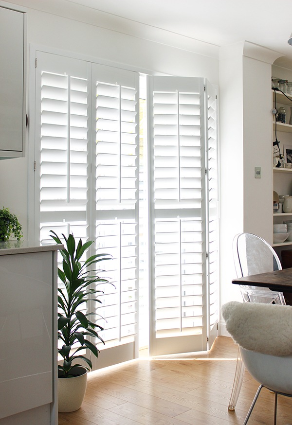 Full-height-Hardwood-Shutters-114mm-slats-(1)K.jpg
