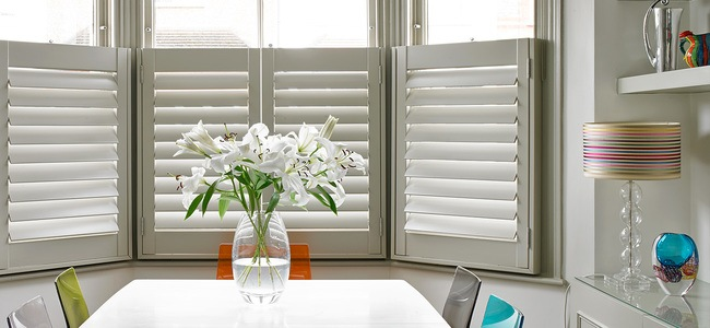 Kitchen-Shutters_Table.jpg